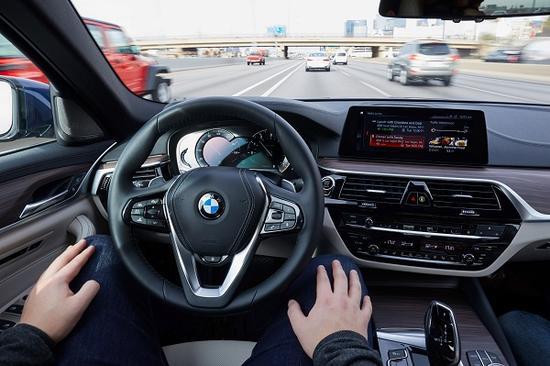 携手英特尔与Mobileye:宝马希望在五年内实现自动驾驶